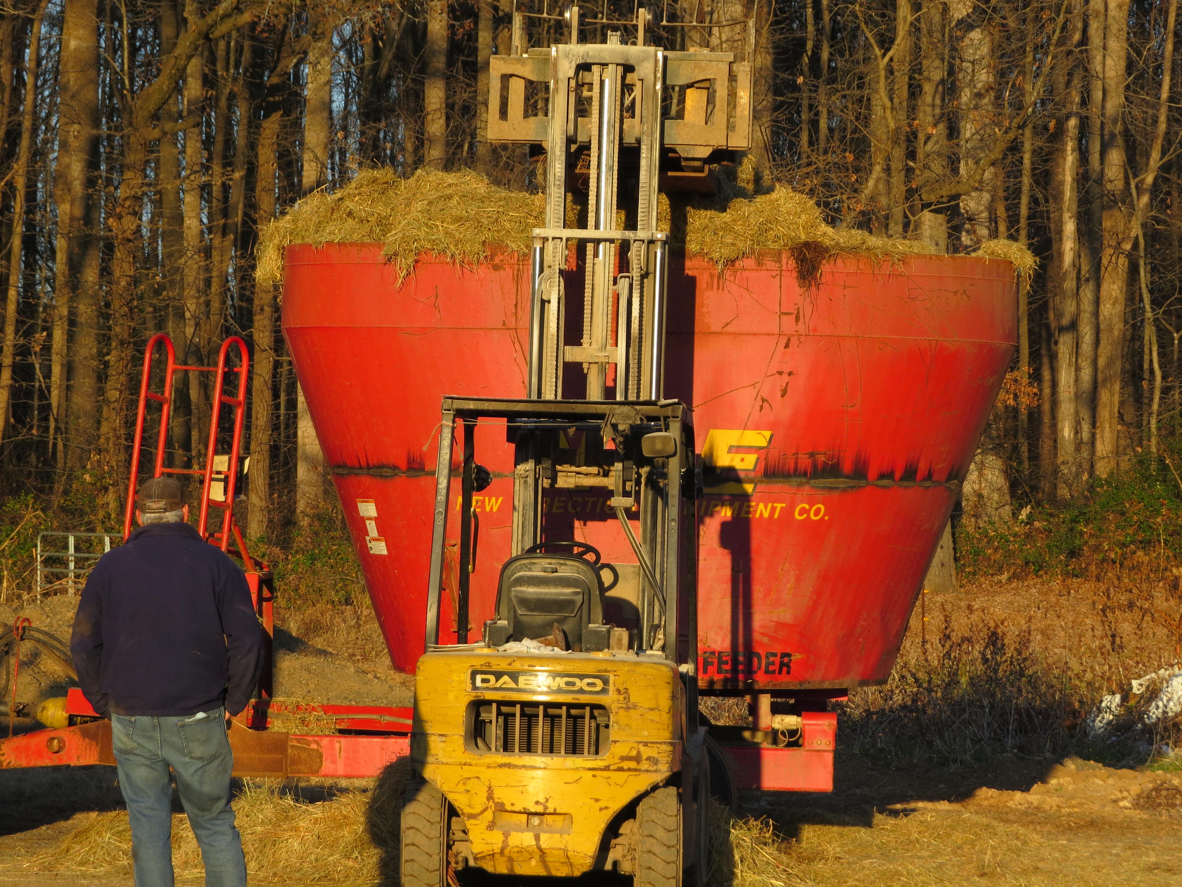 feeding machinery vertical wagon product abbey tub hay mixer twin feeder