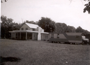 powhatan-house-with-old-camper-1967